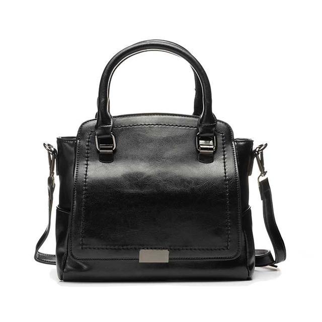 Женская кожаная сумка на плечо черная