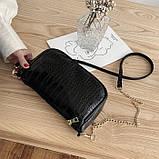 Женская сумочка на ремешке цепочке рептилия багет черная, фото 5