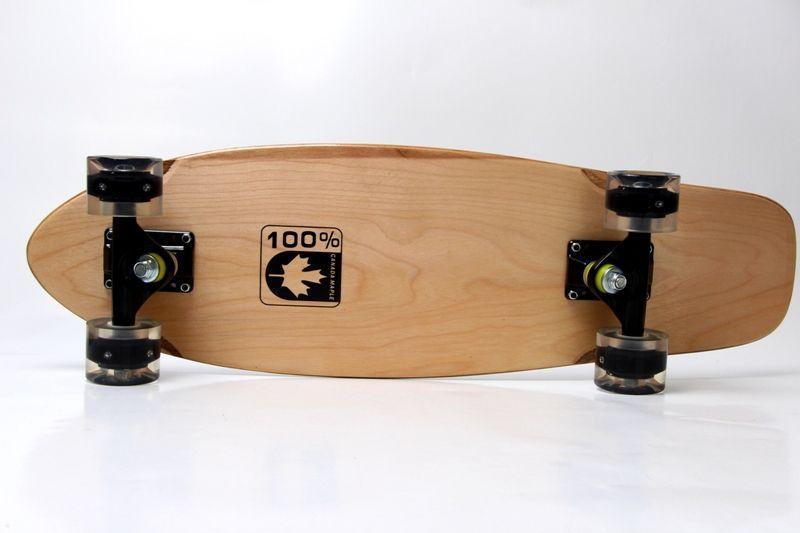 Скейтборд пенни борд Canada 22 дюйма Светящиеся черные колеса Скейт 55х15 см деревянный до 90 кг