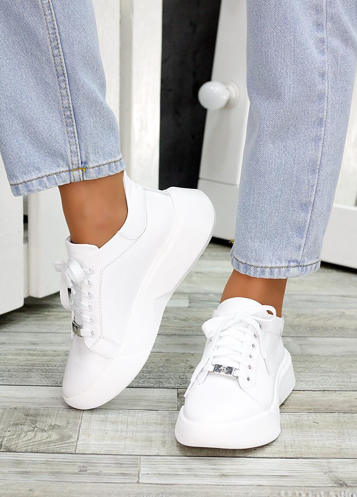 Шкіряні білі кросівки 7478-28