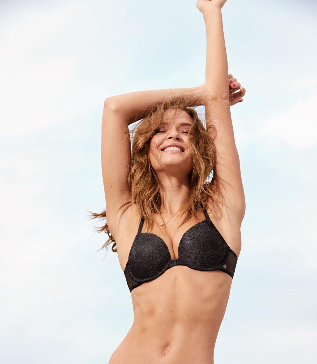 Кружевной бюстгальтер push up Victoria's Secret art471166 (Черный, размер 32A)
