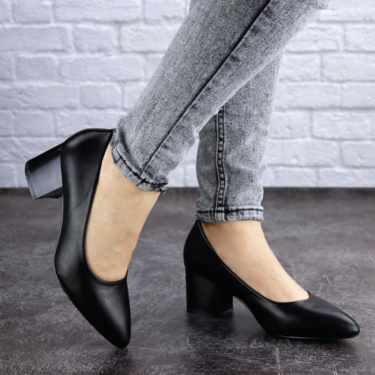 Женские туфли на каблуке черные Pebbles 2009 (37 размер)