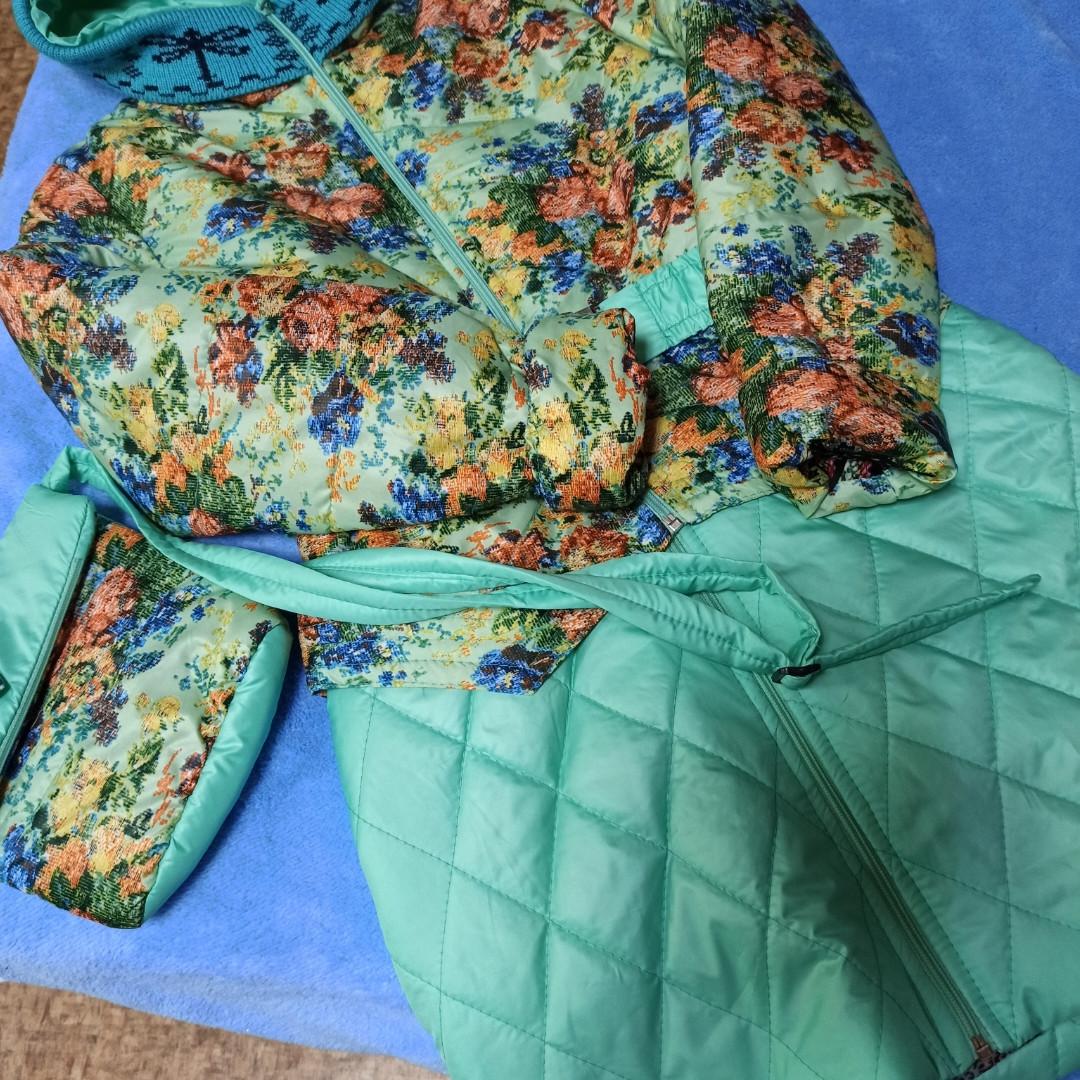 Пальто модное демисезонное для девочек с отстежной нижней частью. с сумочкой.