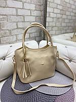 Бежевая женская сумка на плечо вместительная большая городская шоппер кожзам
