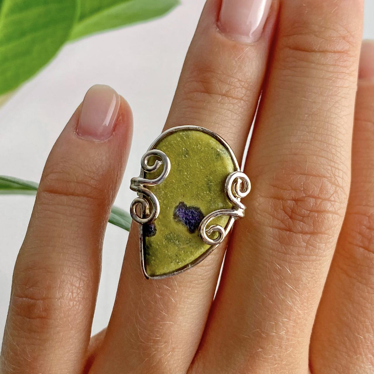 Серебряное кольцо с камнем яшма  Уникальность