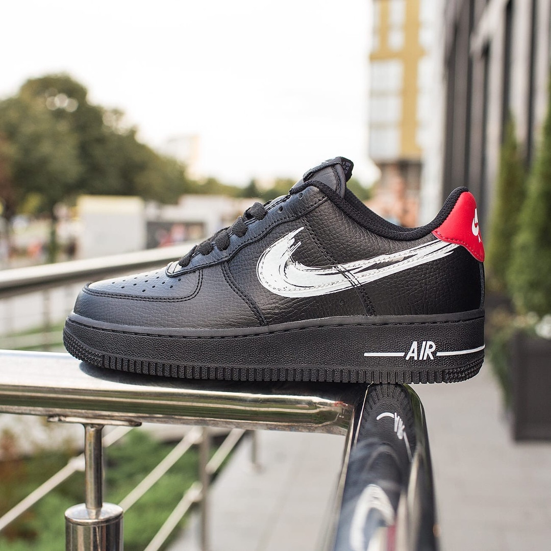Nike Air Force 1 Low Женские осенние черные кожаные кроссовки. Женские кроссовки на шнурках