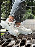 Balenciaga Triple S  Женские осенние белые кожаные кроссовки. Женские кроссовки на шнурках, фото 8