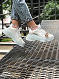 Balenciaga Triple S  Женские осенние белые кожаные кроссовки. Женские кроссовки на шнурках, фото 9