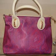 """ТМ """"DE ESSE"""" - стильная розовая сумочка небольшого размера."""