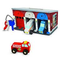 Дерев'яний гараж рятувальних машин з ключами Melissa&Doug (MD4607)