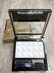 Тени для век LA ROSA MATTE Eyeshadow Professional Makeup одинарные LE-101 01 матовые белые