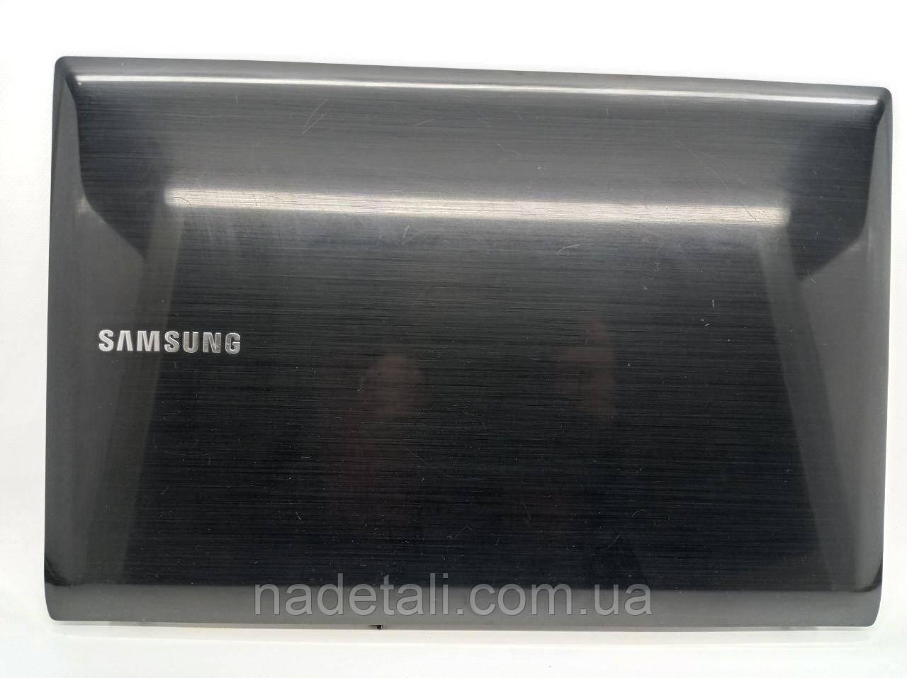 Крышка матрицы Samsung Q530 BA75-02576A
