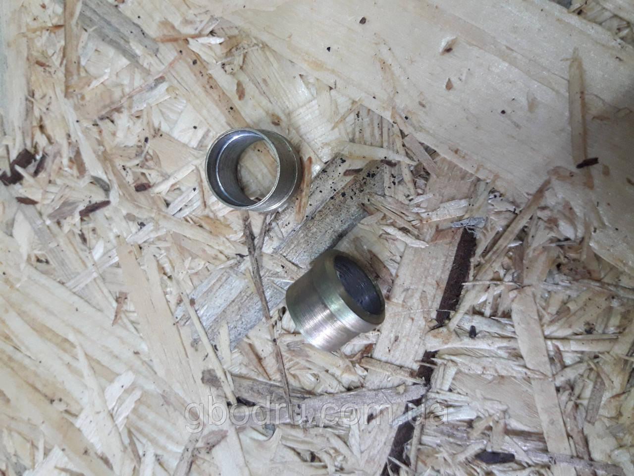 Ниппель д10 сталь (бонка)