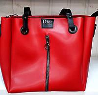 Женская молодежная красная сумка Dior из турецкой эко-кожи на молнии с отделами на магнитах по бокам 32*30 см, фото 1