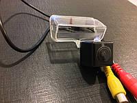 Камера заднего вида. Штатная камера заднего вида Toyota Avensis CCD