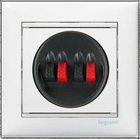 Розетка 2-я для акустических систем Valena 774424 цвет белый