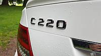 Эмблема надпись багажника Mercedes C220, фото 1