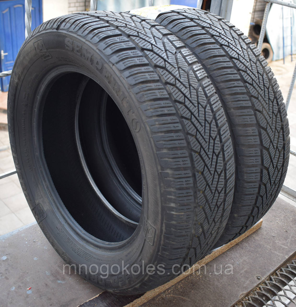 Шины б/у 205/60 R16 Semperit Speed Grip 2, 8 мм, пара
