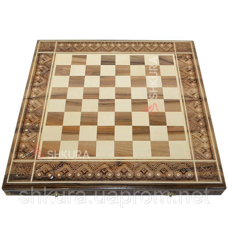 Різьблена шахова дошка 50х50