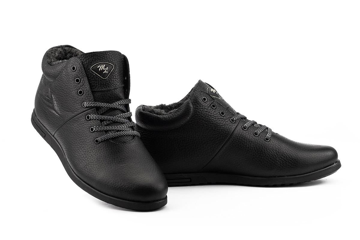 Мужские ботинки кожаные зимние черные Milord Olimp Тиснение