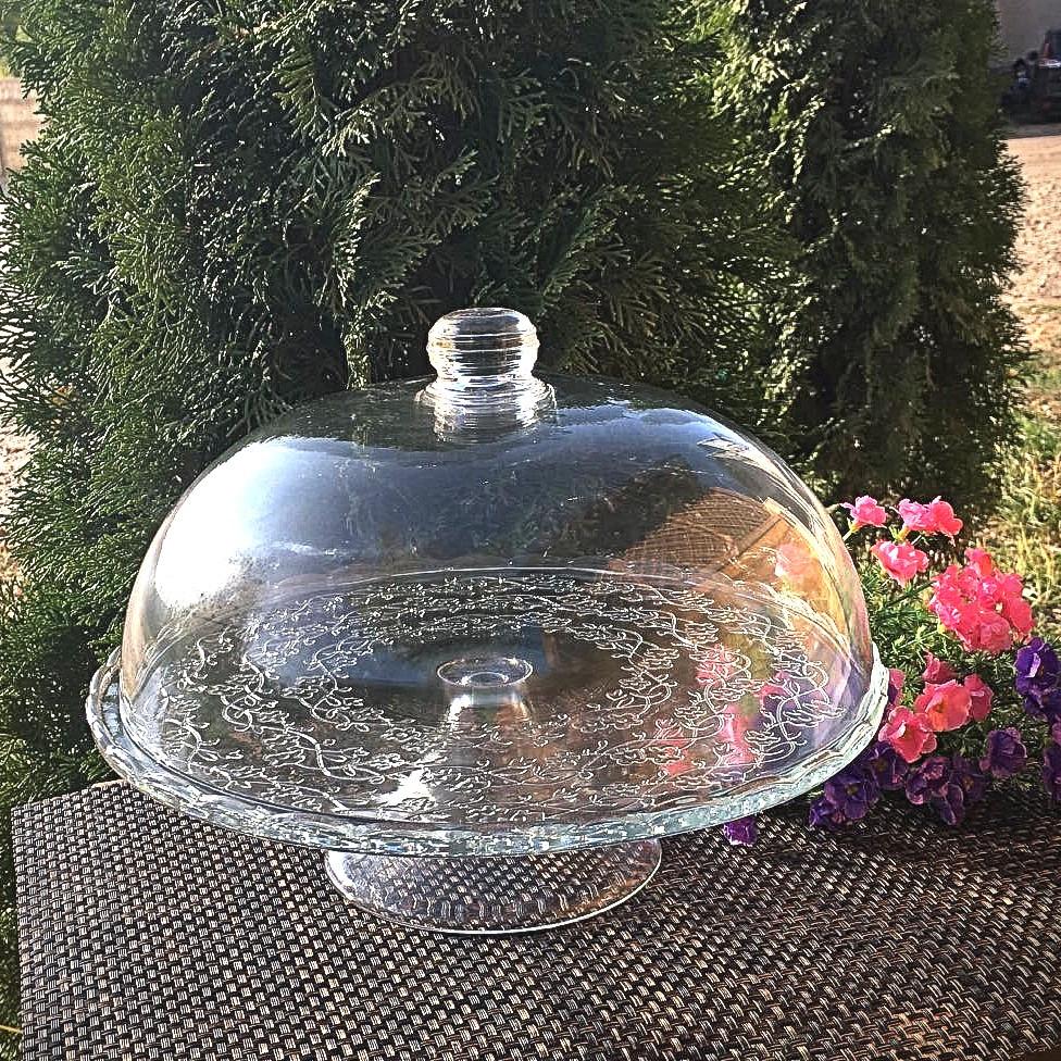 Тортовниця скляна з кришкою-куполом на ніжці HLS (6845)