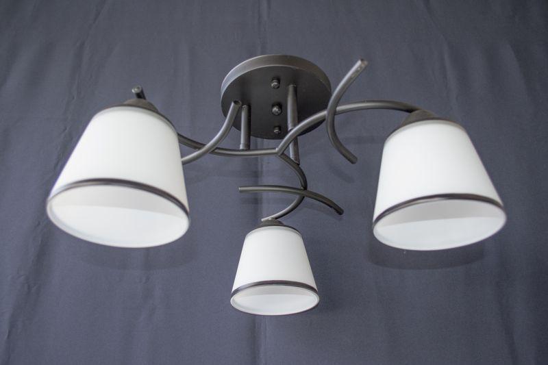 Люстра на 3 лампочки 1498-3
