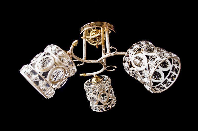 Люстру на 3 лампочки 9510-3