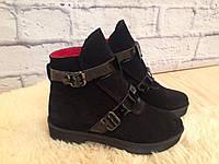 """Ботинки демисезонные """"две пряжки"""" черные натуральная замша и лак код 2032, фото 1"""