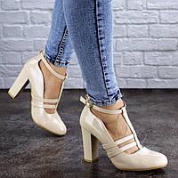 Женские стильные лаковые туфли бежевые 2072