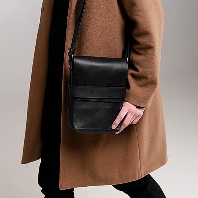 Мужская сумка из натуральной кожи черного цвета. Мужская сумка через плече.Чоловіча сумка із натуральной шкіри