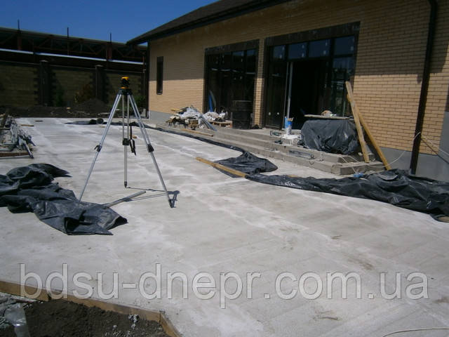 бетонирование двора в Днепропетровске по хорошей цене