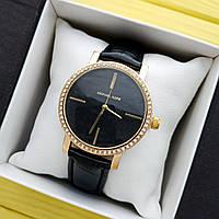 Жіночі кварцові наручні годинники Michael Kors на ремінці, золоті з чорним циферблатом - код 1694, фото 1