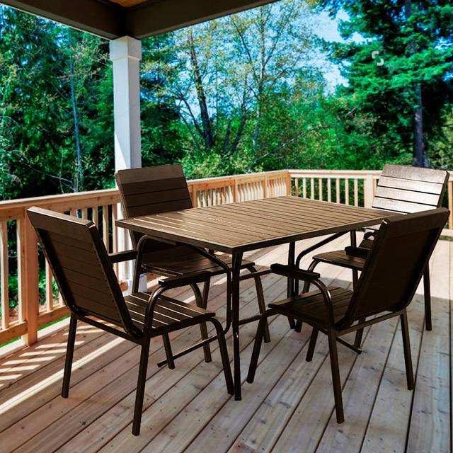 Комплект мебели для летних площадок