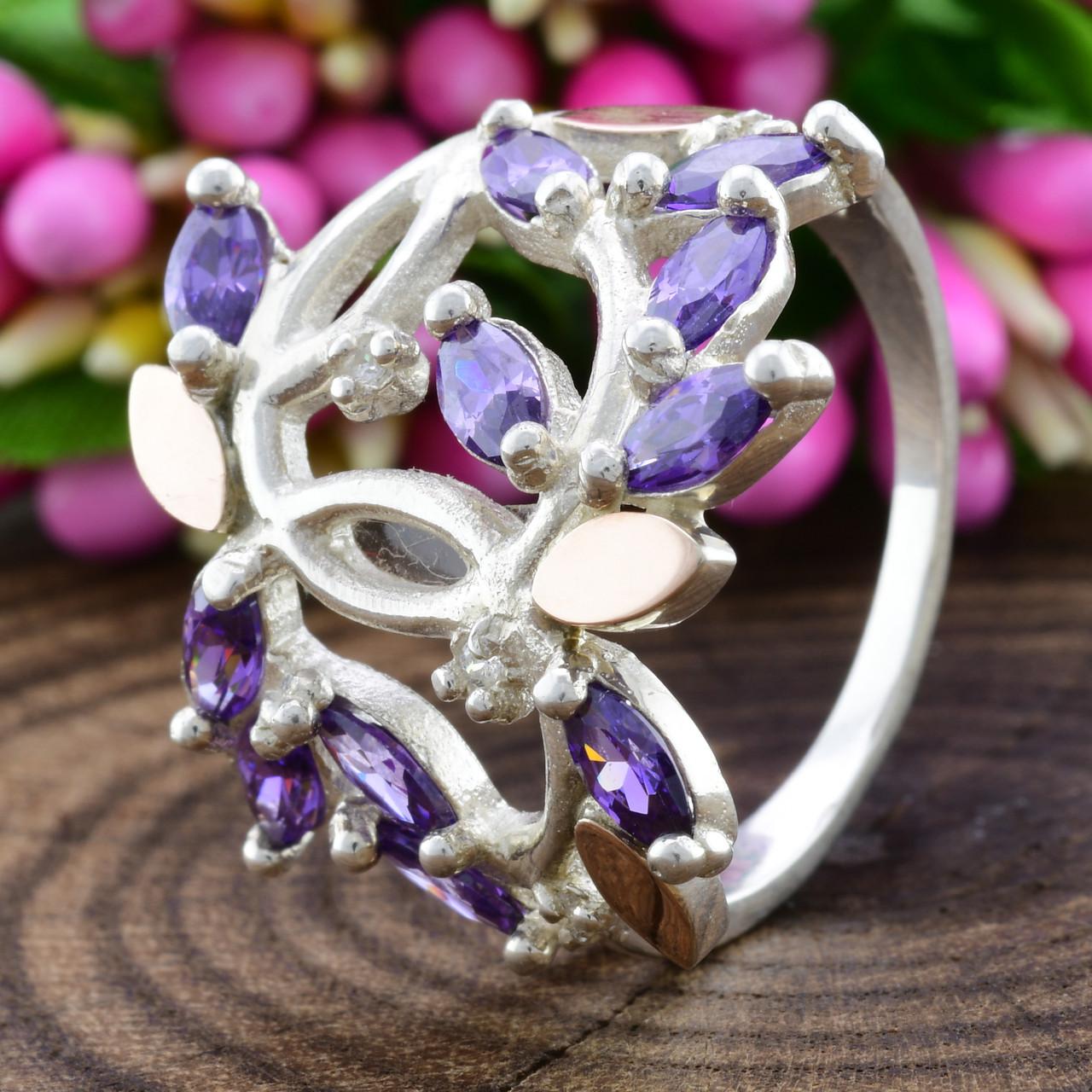 Серебряное кольцо с золотом Эвелина вставка белые фианиты вес 5.0 г размер 18