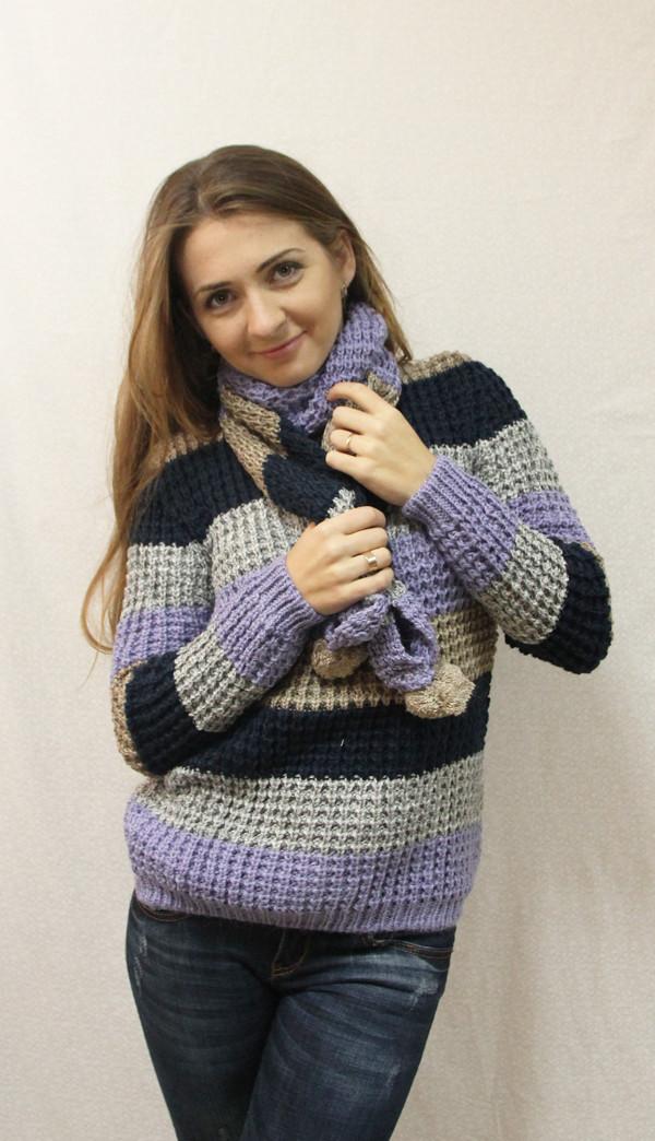 красивый женский вязаный свитер з шарфиком фиолетовый хит сезона