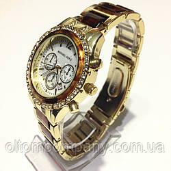 Часы наручные женские на браслете МК-1023