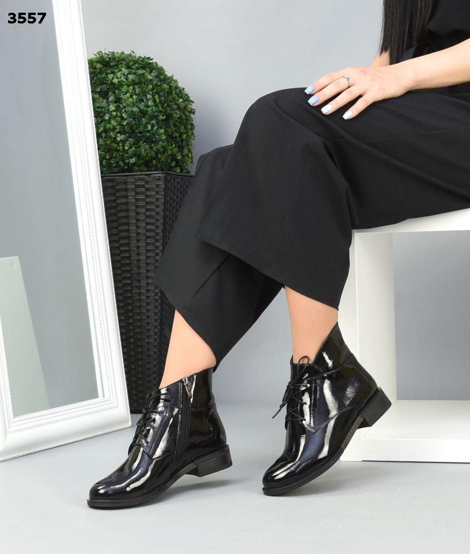 Женские демисезонные Ботиночки на шнуровке