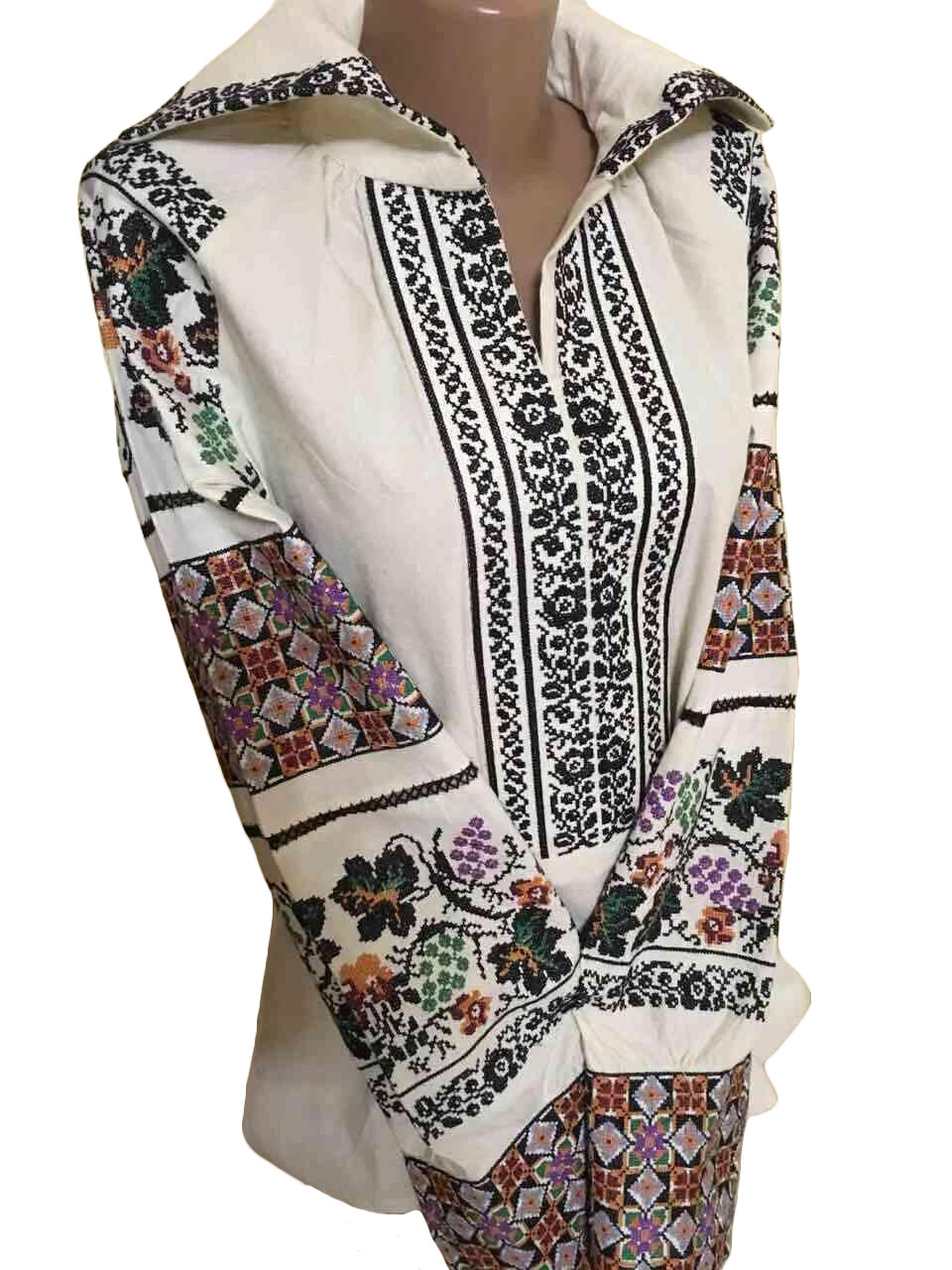 """Женская вышитая рубашка """"Хелен"""" BM-0002"""