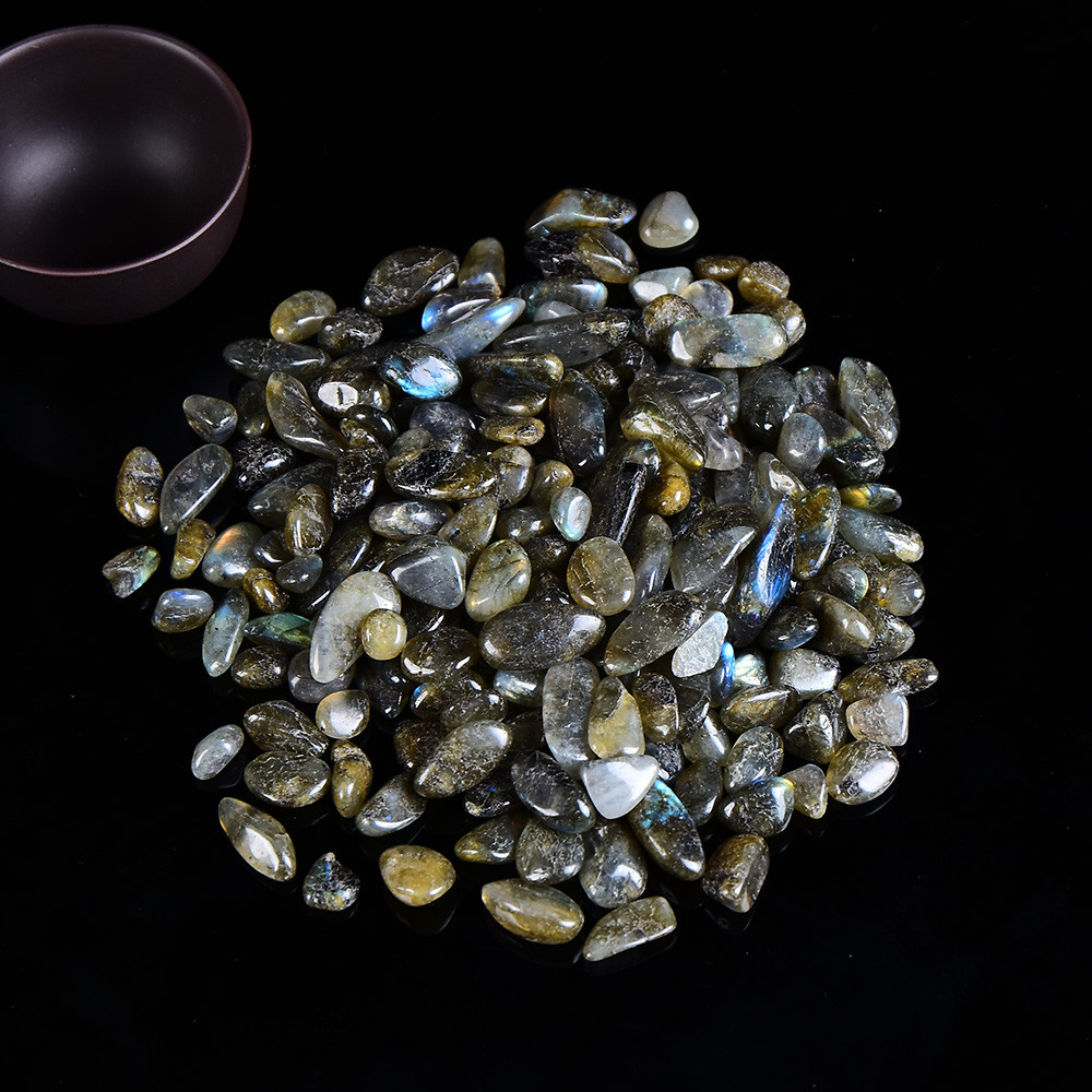 Натуральний камінь крихта Лабрадорит 7-20 мм (10 грам) гладкий. Натуральний камінь скол Лабрадоріт
