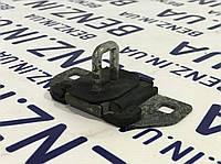 Запорная скоба замка багажника Mercedes S212/W204/X204 A2127400032