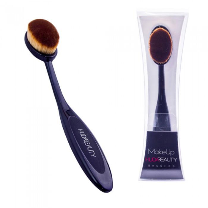 Кисть-щетка для макияжа HUDA Beauty Brushe