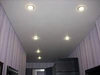 Матовый натяжной потолок в прихожей, фото 1