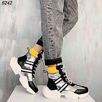 Женские зимние спортивные ботинки с лаковыми вставками и на шнуровке OB5242, фото 1