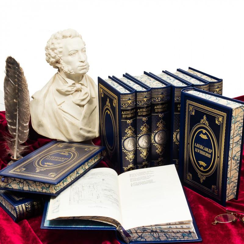 """Бібліотека в шкіряній палітурці """"Повне зібрання творів"""" А. С. Пушкін (10 томів)"""