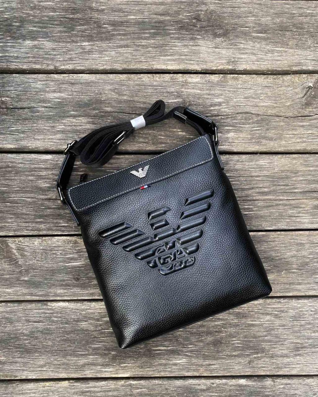 Брендовые сумки качество ЛЮКС. Материал: натуральная кожа. Очень удобная, вместительная.