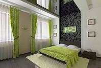 Глянцевый натяжной потолок в спальне, фото 1