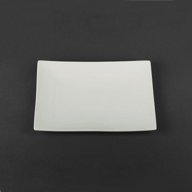Тарелка прямоугольная белая фарфоровая  300х205мм.