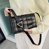Сумка клатч жіночий в стилі Bottega Veneta Padded Cassette. Трендова сумочка (чорна), фото 3