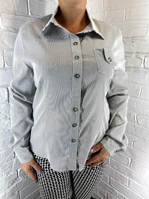 Рубашка женская в мелкую полоску