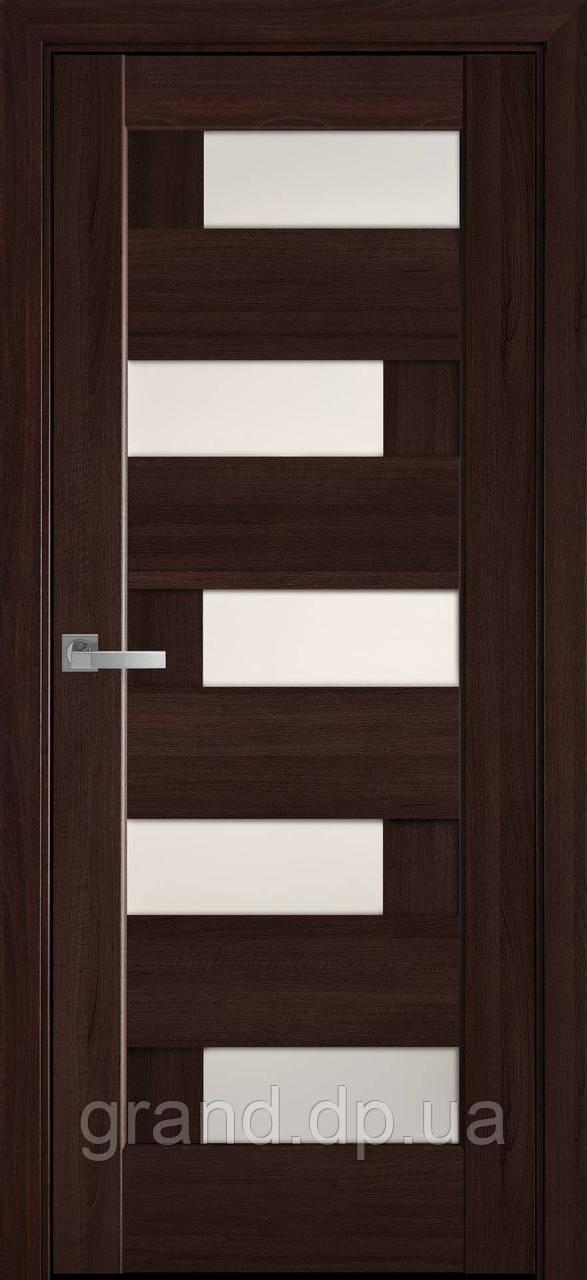 Межкомнатные двери Новый Стиль Пиана ПВХ DeLuxe со стеклом сатин цвет Каштан